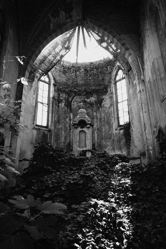 Kirche F.